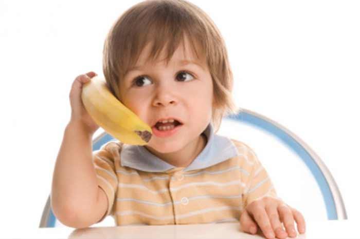 usare-una-banana-come-telefono